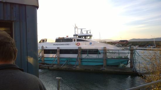 Brekstad, Noruega: Ferry to Trondheim
