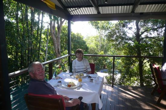 Macleay Island, Avustralya: Best champagne breakfast we ever had!