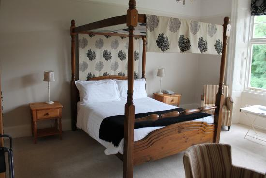 Stretton Sugwas, UK: My Four Poster Bed!