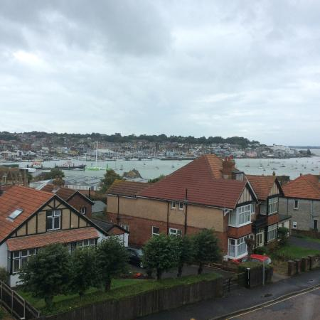 Annie's B&B : Room 8 Sea Cowes harbour view