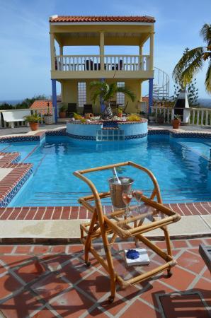 La Pura Vista: Oase van rust en gezelligheid...