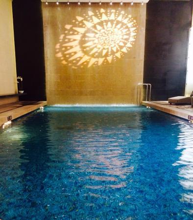 Superior InterContinental Marseille   Hotel Dieu: Interconti Indoor Pool