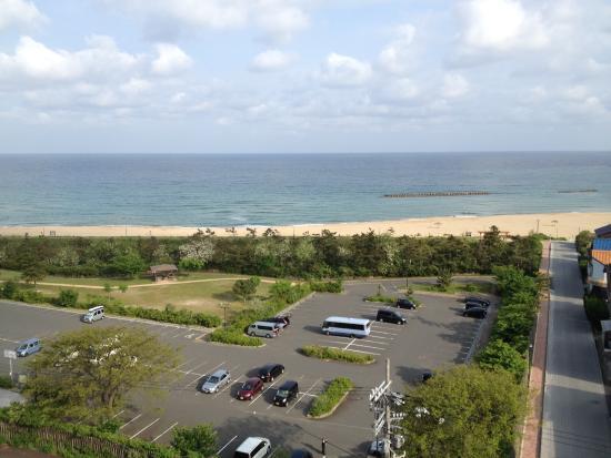 Hamazume Beach