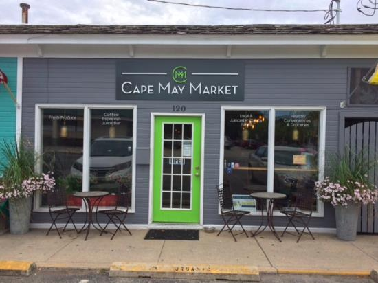 West Cape May, NJ: Front of Cape May Market