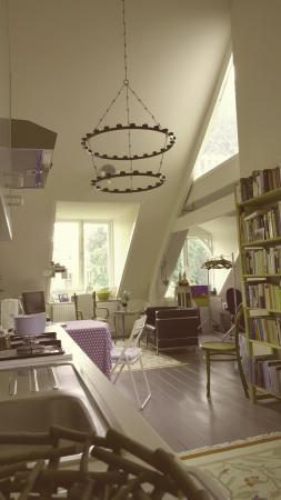 Salomon's Room: -