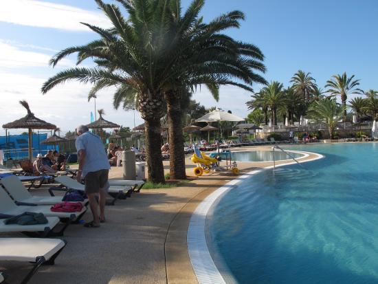 Piscine a d bordement picture of club marmara del mar for Piscine a debordement