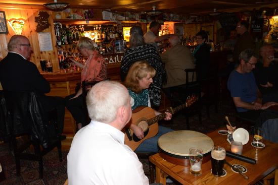 O'Connor's Guesthouse: The Pub with traditional music