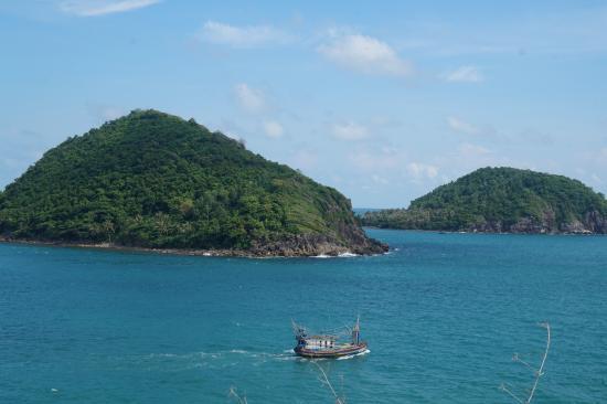 Kien Giang Province, Vietnam: Cụm 3 hòn Nồm, chụp từ đường quanh đảo