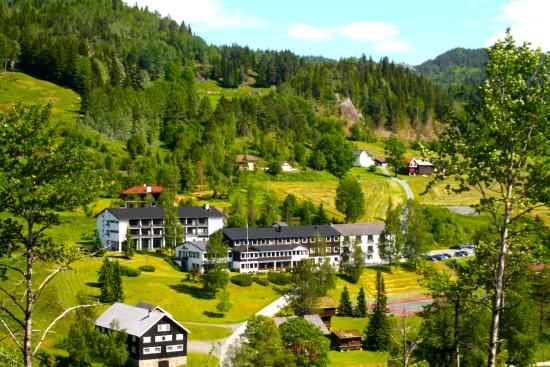 Morgedal hotell (in the cradle of modern skiing)