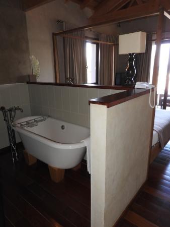 Hotel Cote Sable : Salle de bain dans la chambre