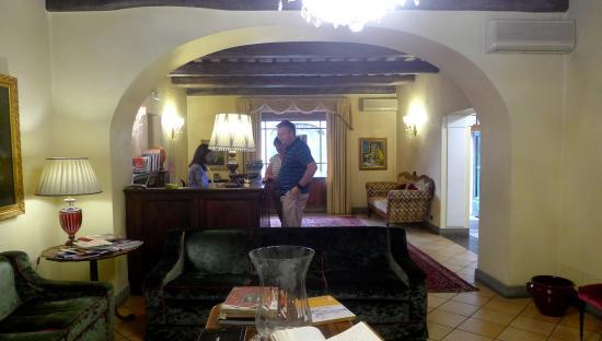 Hotel Bramante: Reception