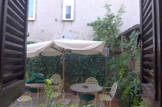 Hotel Bramante: Our second floor 'private' garden