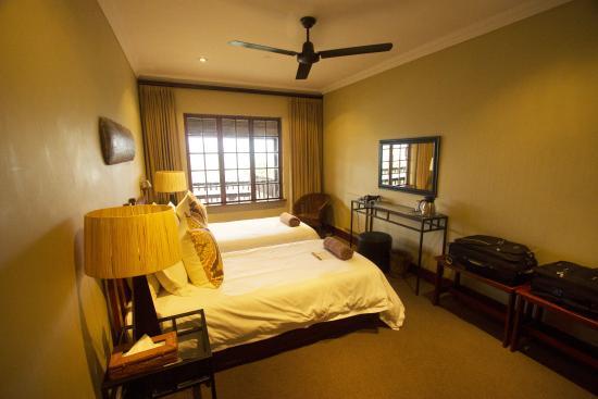 Gwahumbe Game & Spa: Bedroom 2, Eagle's nest