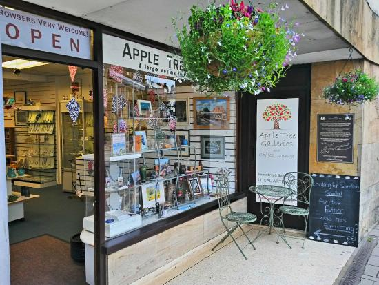 ‪Apple Tree Gift Shop‬