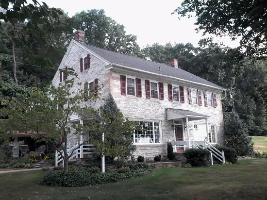Clearview Farm Bed and Breakfast: Lovely