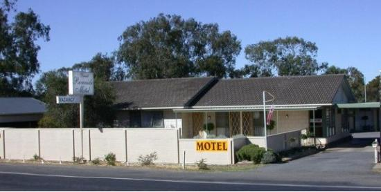 Donald Riverside Motel