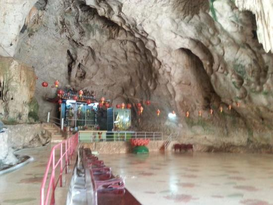 Sadao, Thailand: The cave