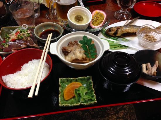 Oshokujidokoro Ajitoku: 味徳御膳。絶品です♪