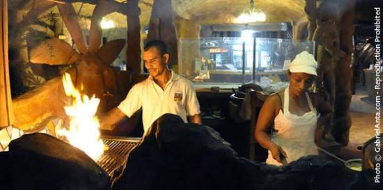 Que Rico Papito Restaurant: Caribbean barbecue!!