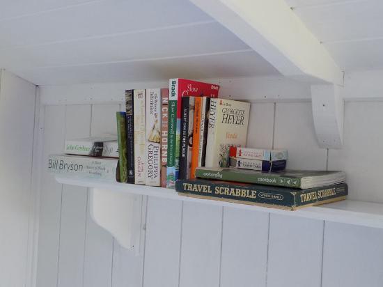 Duloe, UK: Yay books!