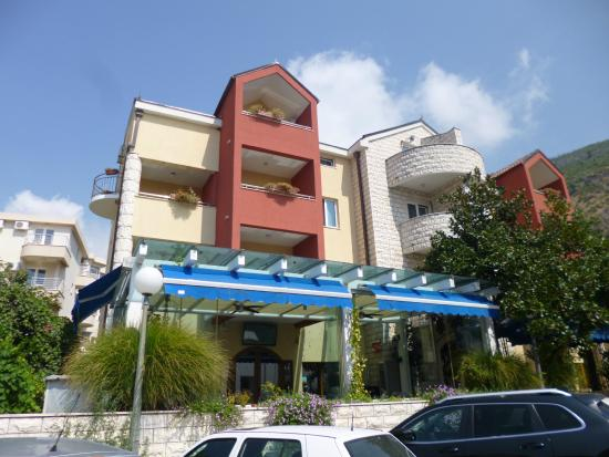 Photo of Hotel Aquamarin Budva