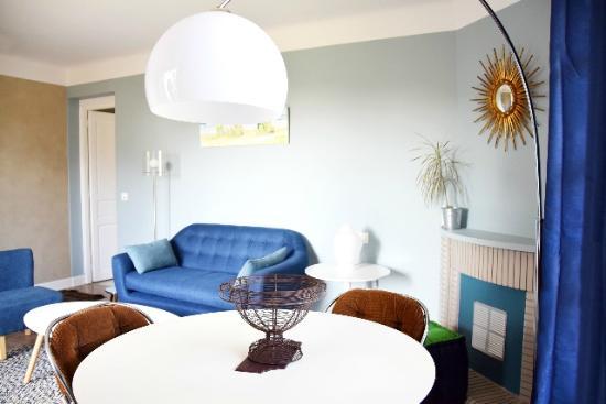 Maison Arbolateia Chambres d'hotes : SALON SUITE ERRETEGIA