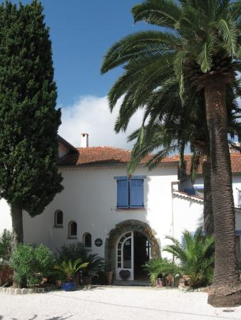 Hotel Villa Provencale: Hotel entrance
