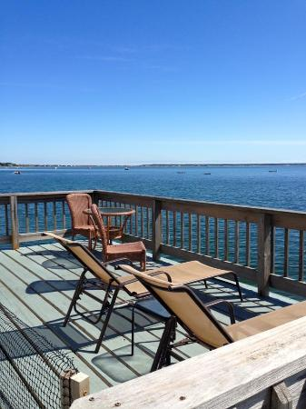 Bayshore/Chandler House: Private Deck
