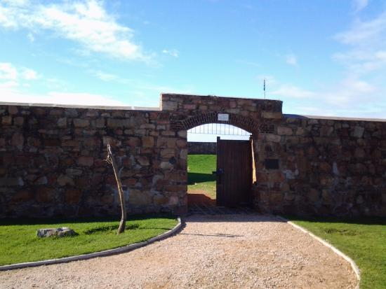 Fort Frederick: Entrance