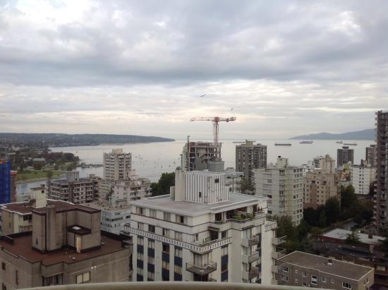 Sandman Suites Vancouver - Davie Street: View from my balcony