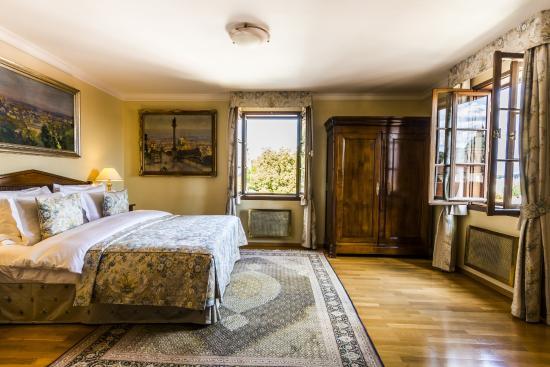 room (149887779)