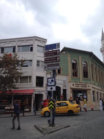 Cagaloglu: Sahaf ve matbaaların merkezi...