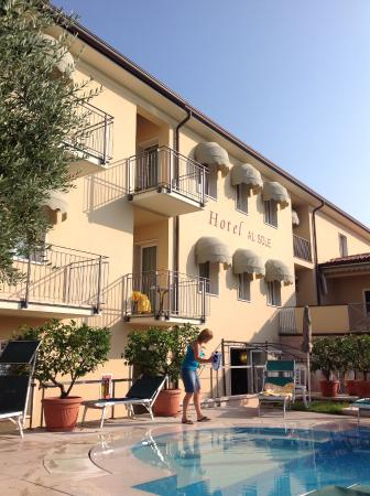 Hotel al Sole: Front of hotel
