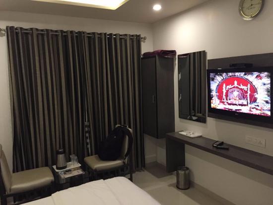 OYO 9239 Hotel Flair Inn : View of Room amenities
