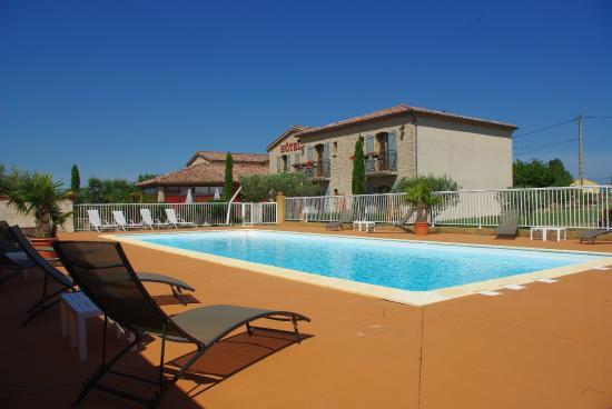 Saint-Jean-le-Centenier, France : piscine