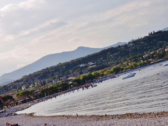 Manerba del Garda, Italy: La spiaggia