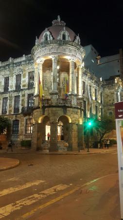 Hotel San Andres : Palacio Municipal.