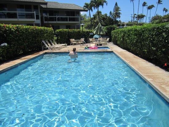 One Napili Way: Pool