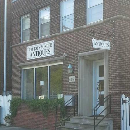 Portsmouth, VA: Way Back Yonder Antiques 462 Washington Street