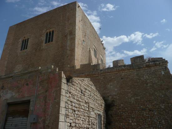 Torre Cabrera: Torre