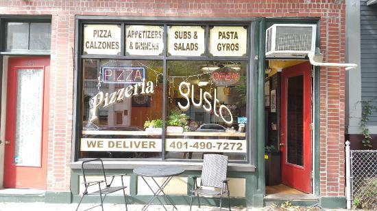 Pizzeria Gusto