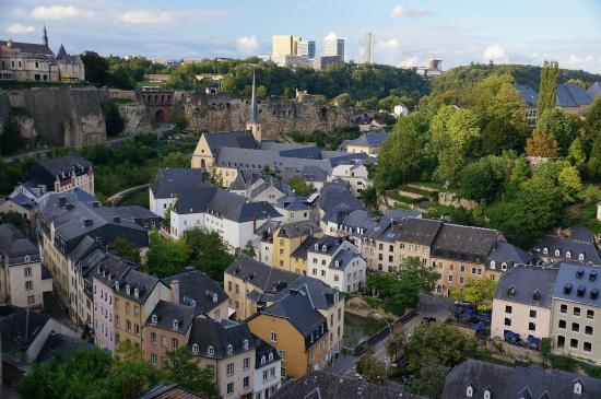 Best Western Plus Grand Hotel Victor Hugo : старый город