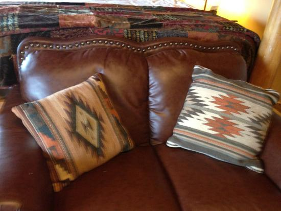 Adobe Village Inn: leather couch