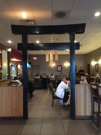 Hibachi Steakhouse and Sushi Bar: We Offer Private, Quick Dining in Our Lounge!