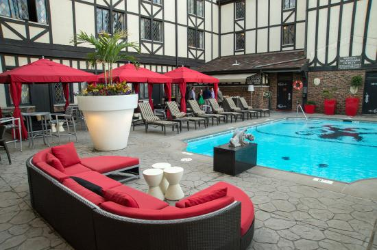 The Cheshire Lounge Area At Outdoor Pool
