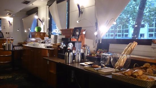 Mercure Lyon Lumiere : sala colazione