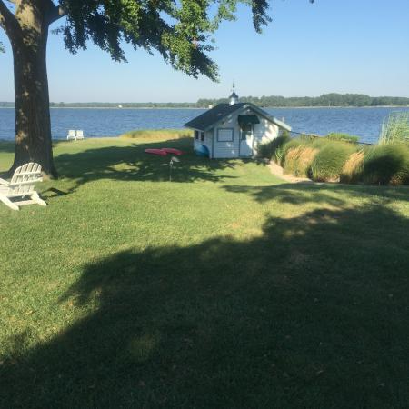 Oxford, MD: The Beach Boat House with Snacks and Such