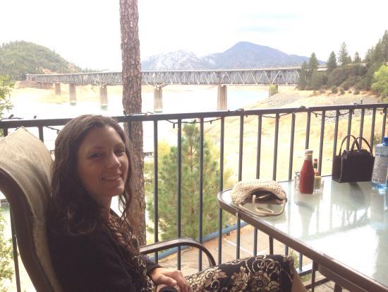 Bridge Bay at Shasta Lake: photo2.jpg