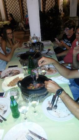 Brodarica, Croacia: polpo in campana