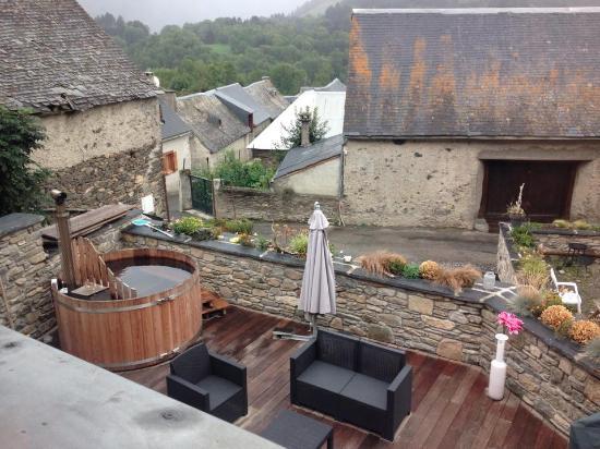 La terrasse photo de maison seignou azet tripadvisor for De la maison avis
